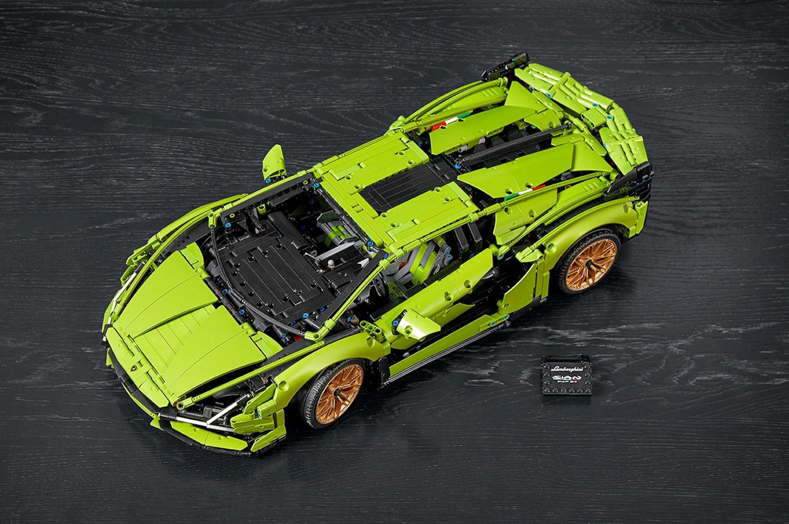 LEGO Lamborghini Sian Overhead Front Three-Quarter
