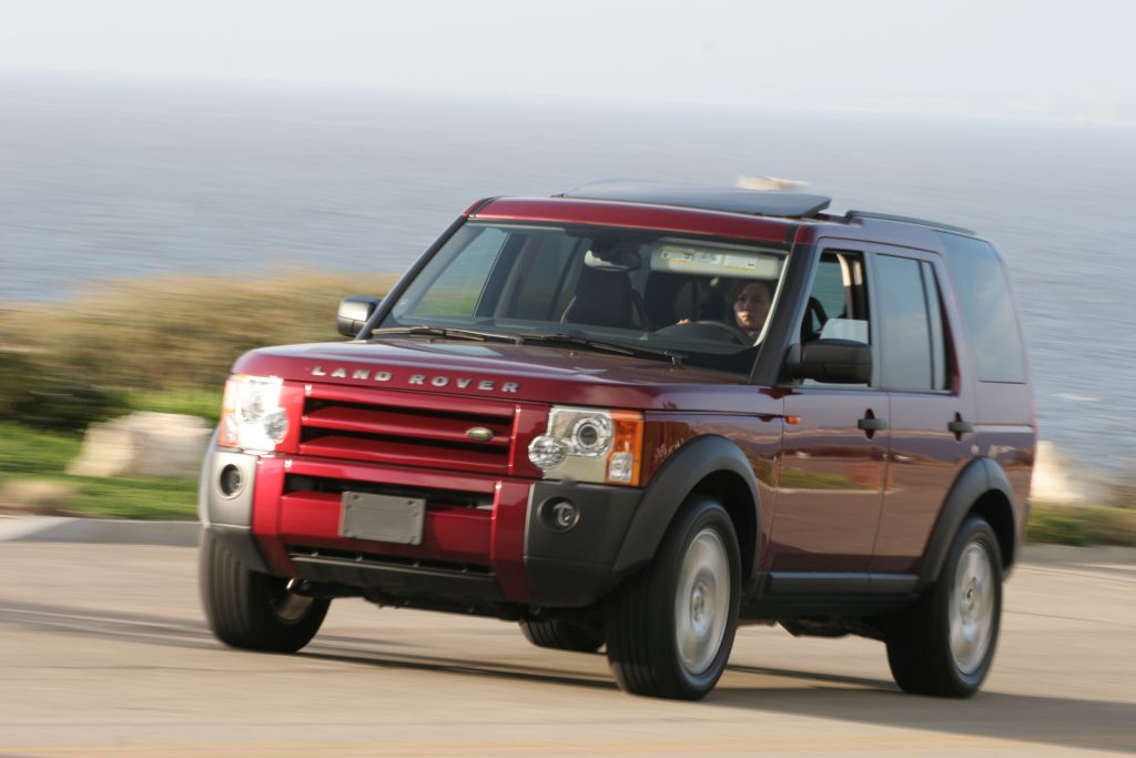 Red Land Rover LR3 Front Three-Quarter Action