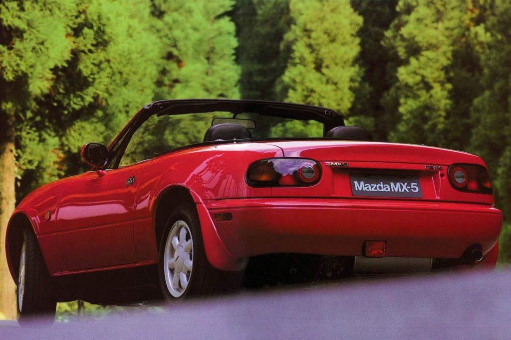 1990 Mazda Miata Rear Three-Quarter
