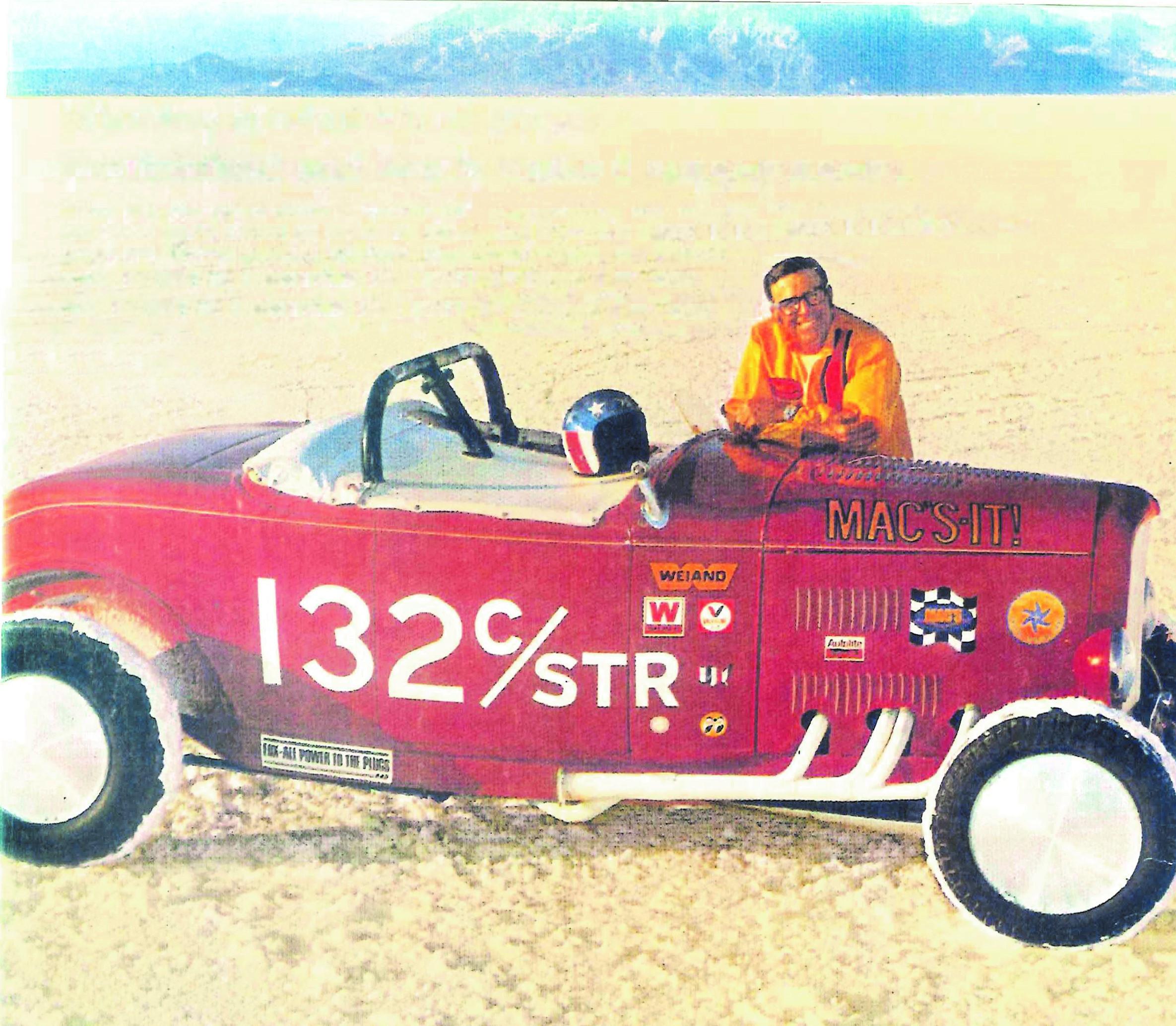McGee Roadster - 1932 Ford - HVA - Dick Scritchfield at the Bonneville Salt Flats