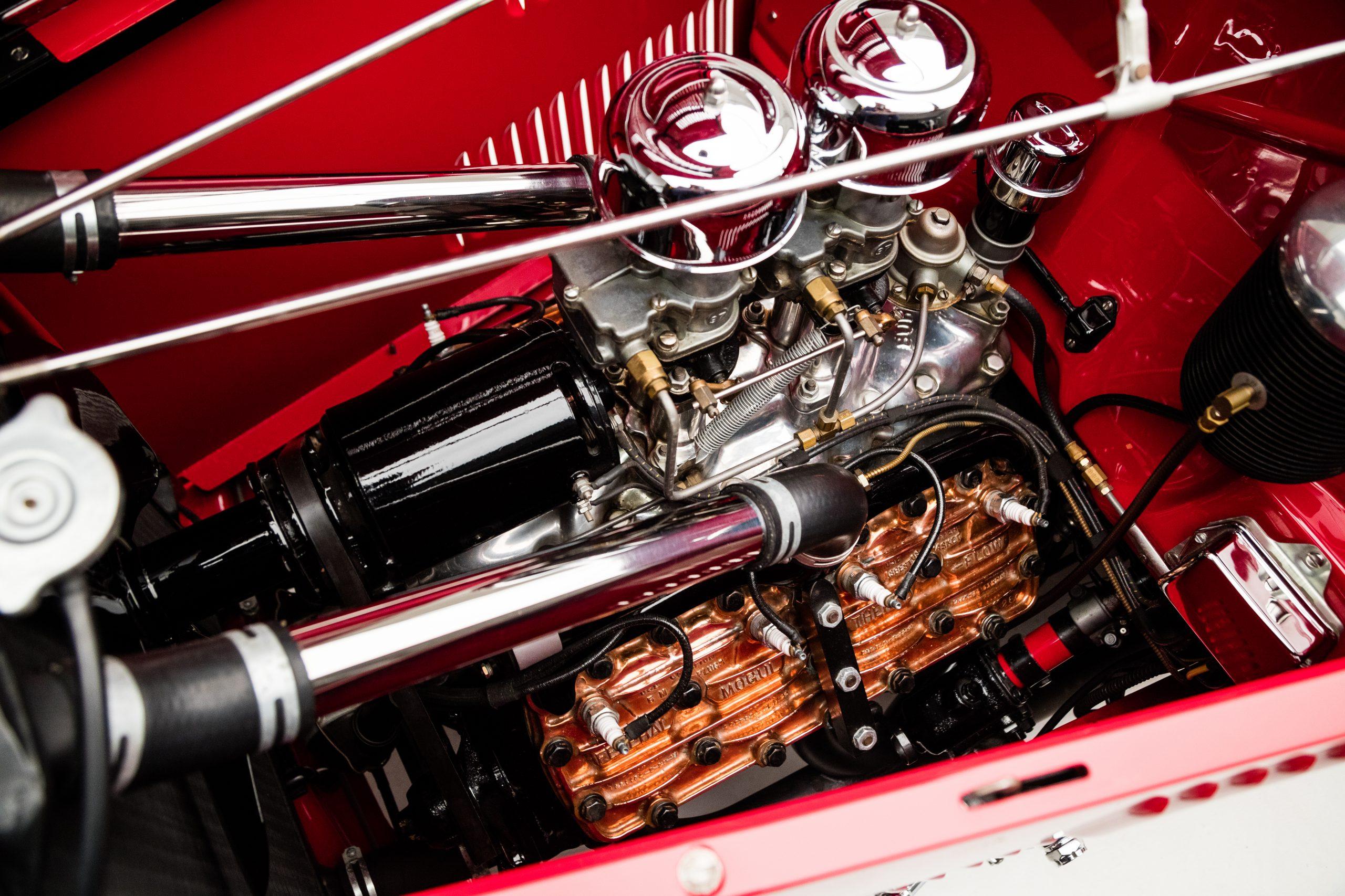 McGee Roadster - 1932 Ford - HVA - Studio 5 engine