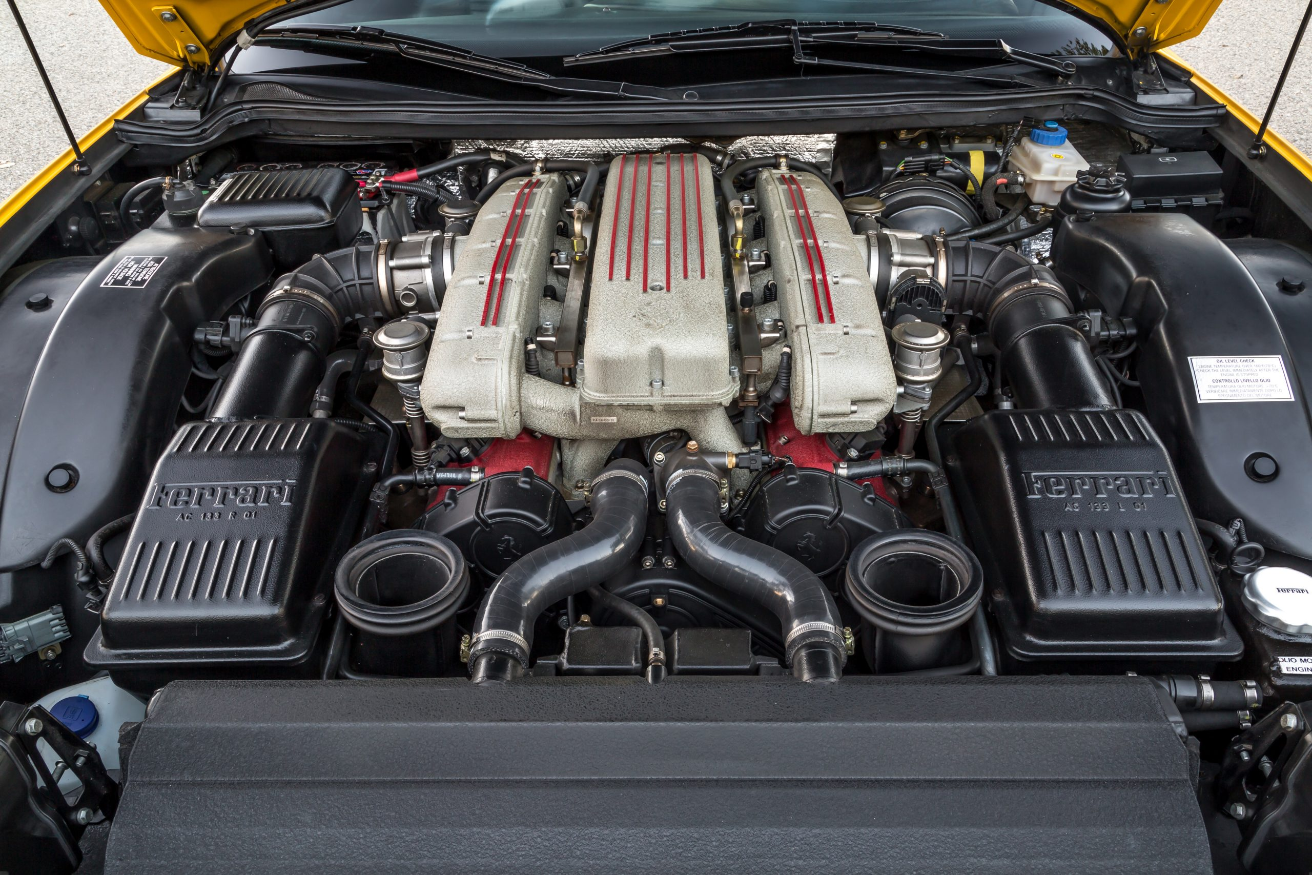 2002 Ferrari 575M Maranello Engine