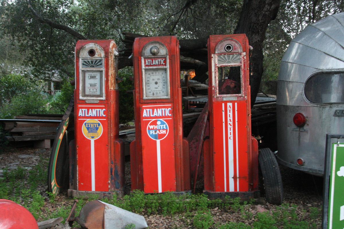 vintage atlantic gas pumps