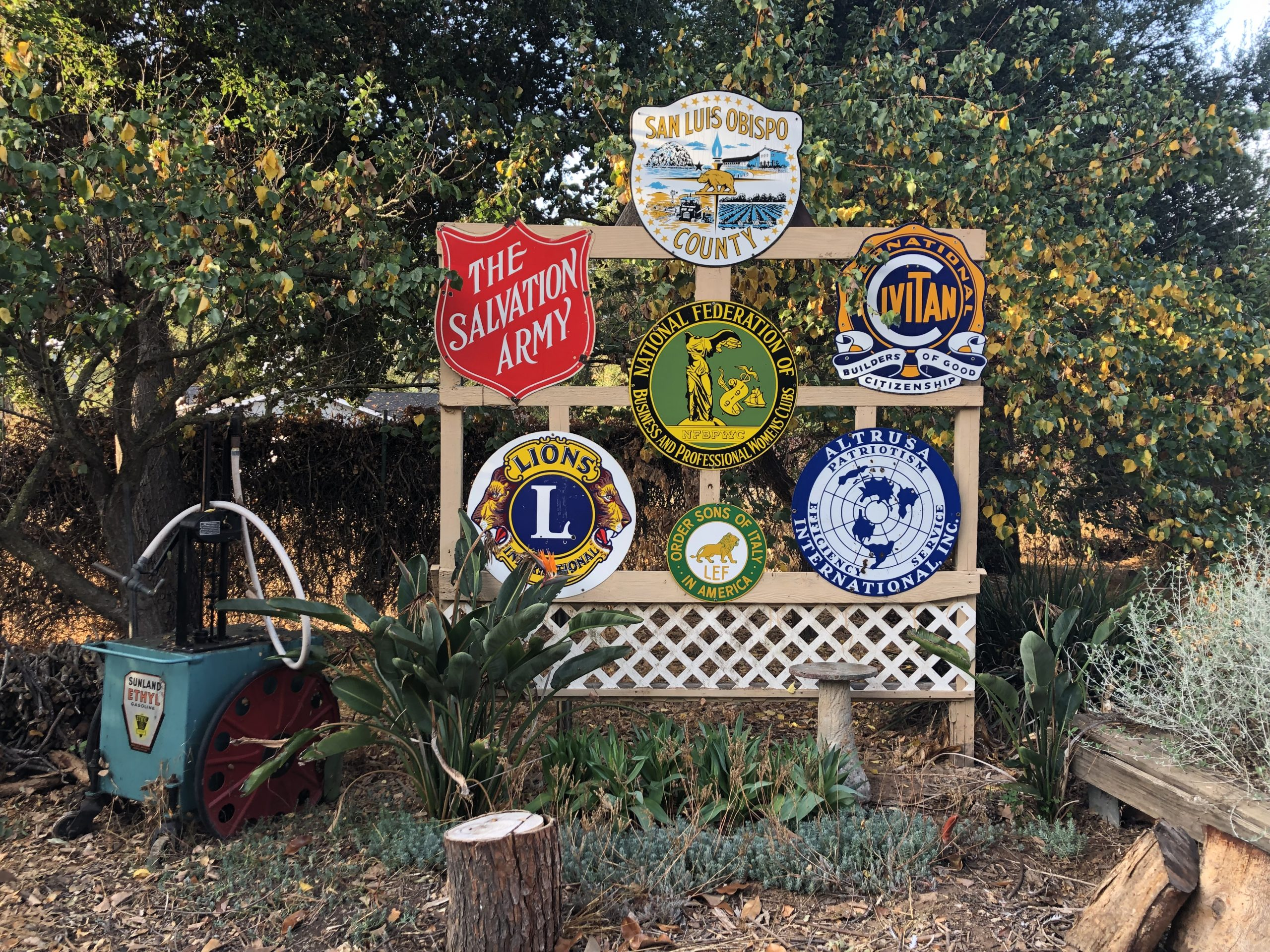 vintage club signs together
