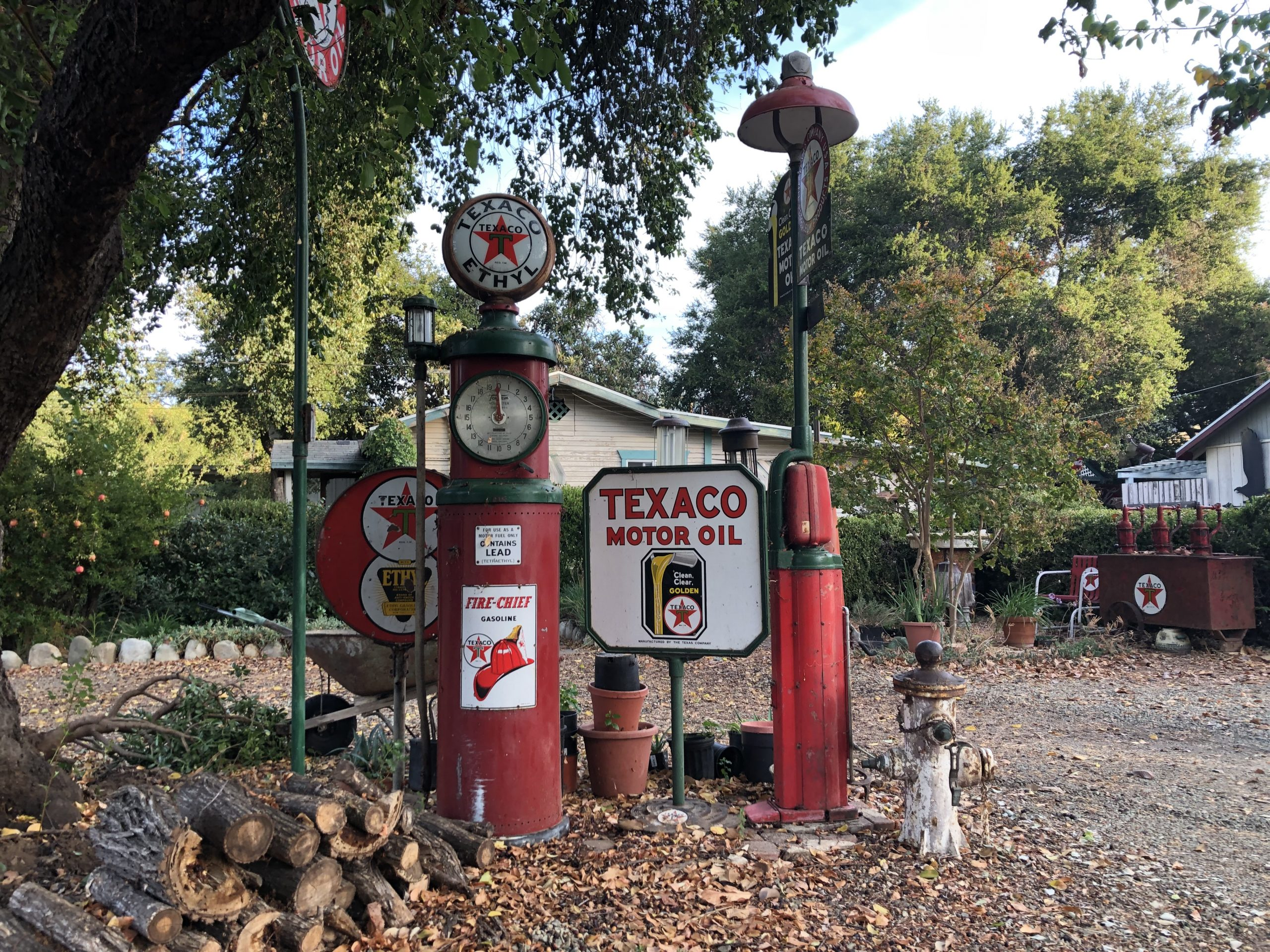 vintage texaco motor oil pumps and signs