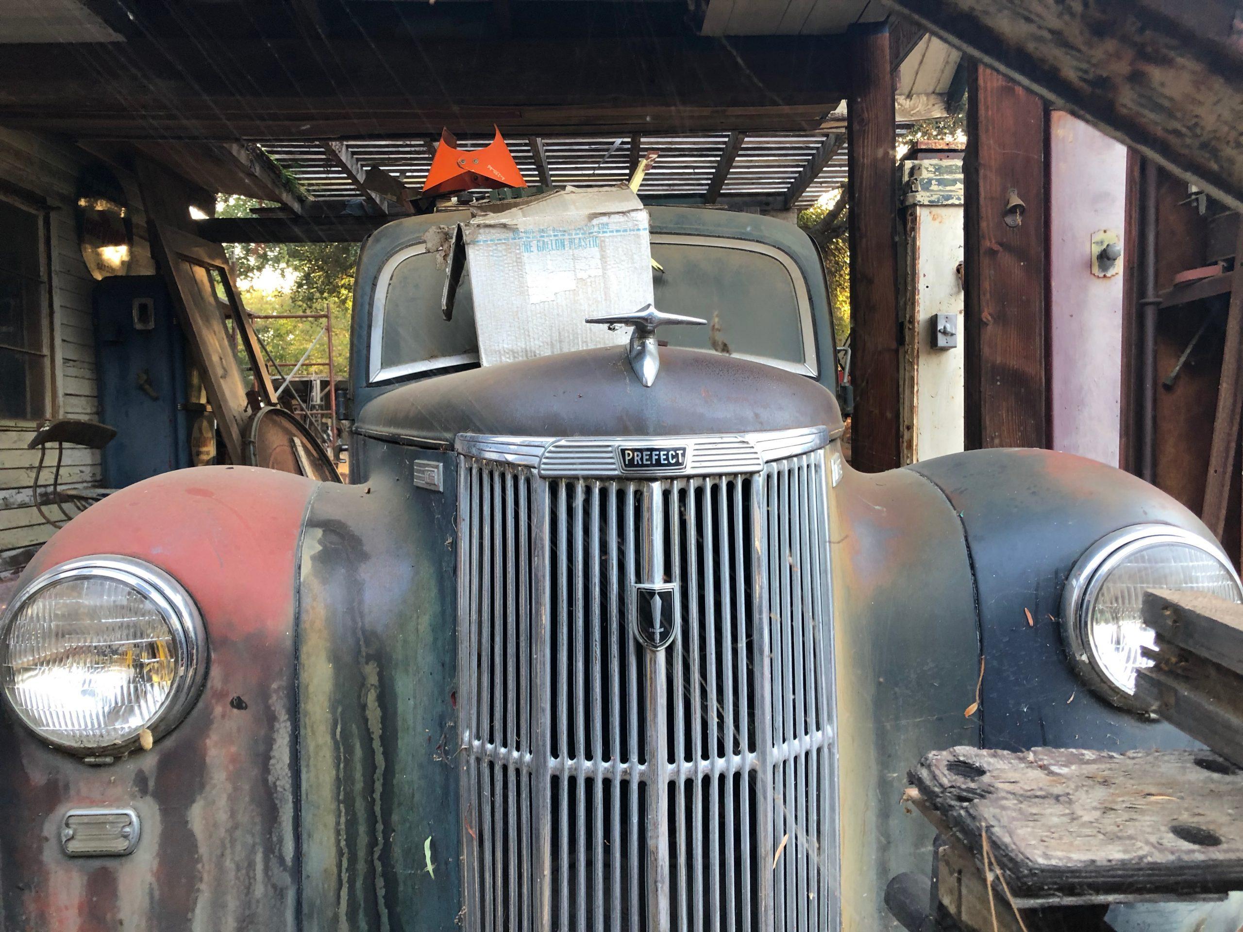 vintage patina prefect car front