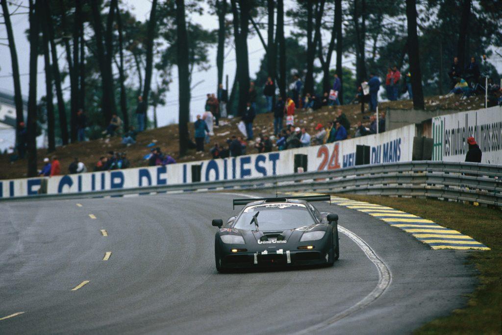 McLaren F1 GTR wins Le Mans