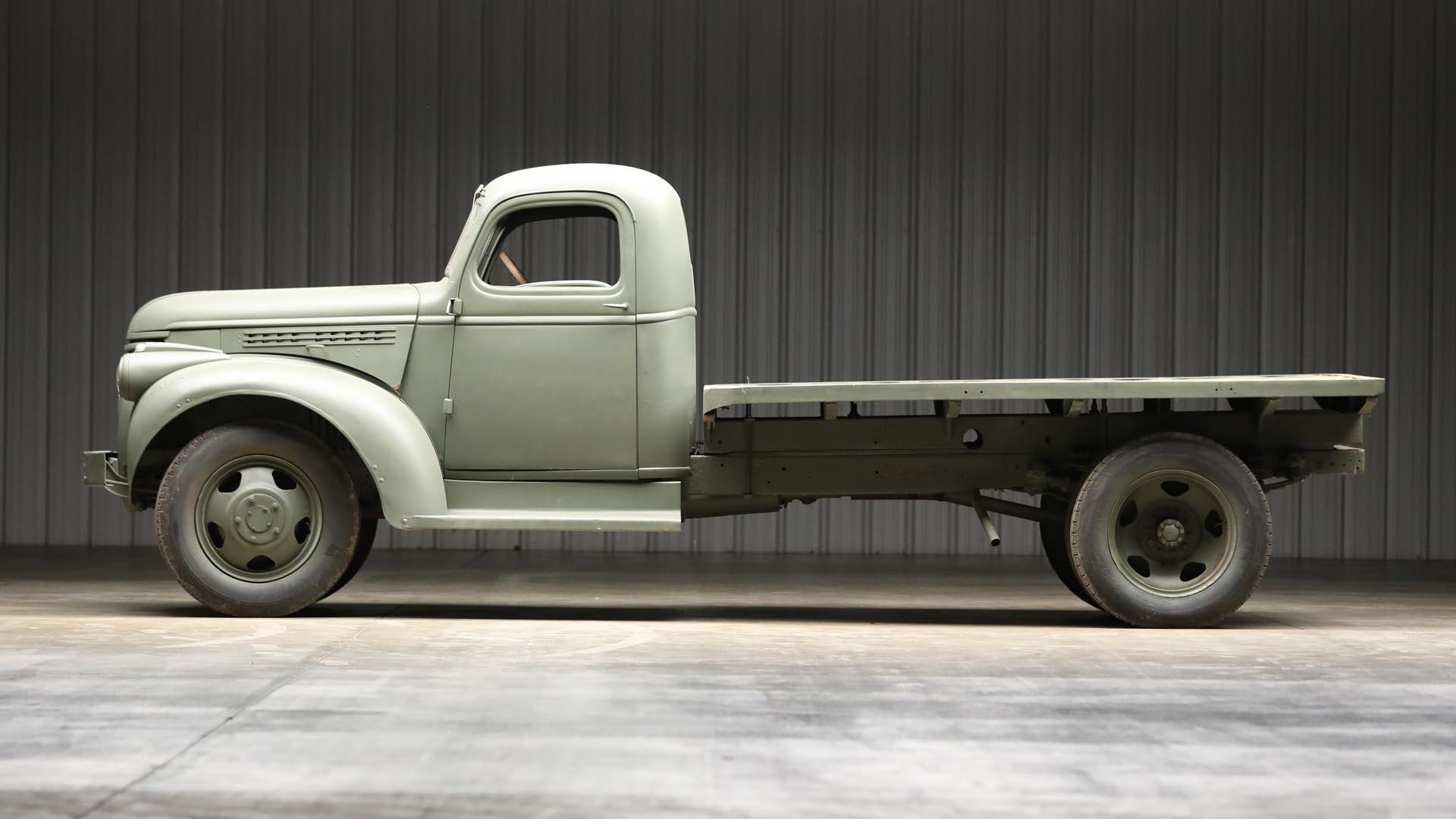 1941 Chevrolet 1543 GS Side Profile