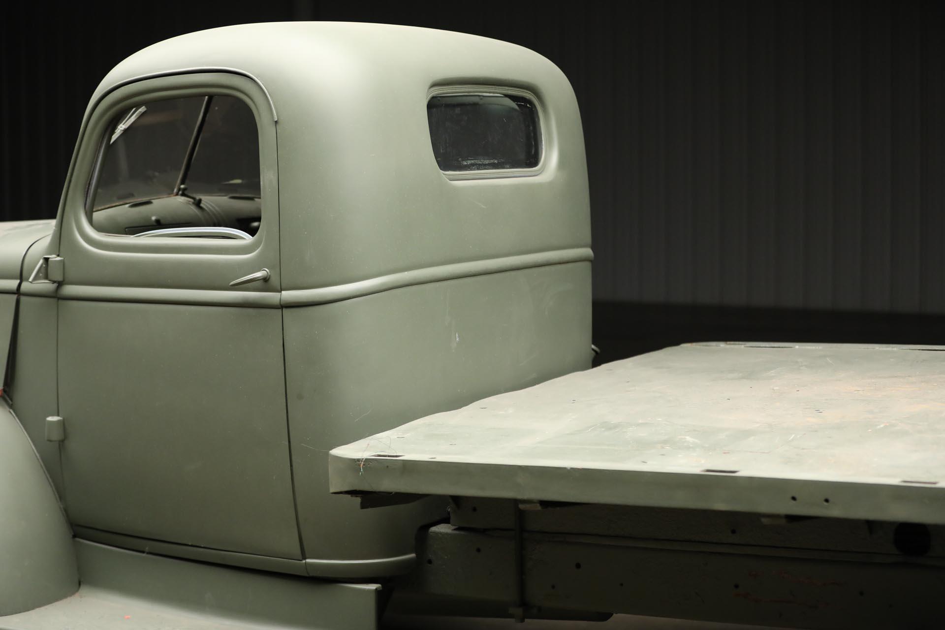 1941 Chevrolet 1543 GS Rear Cab