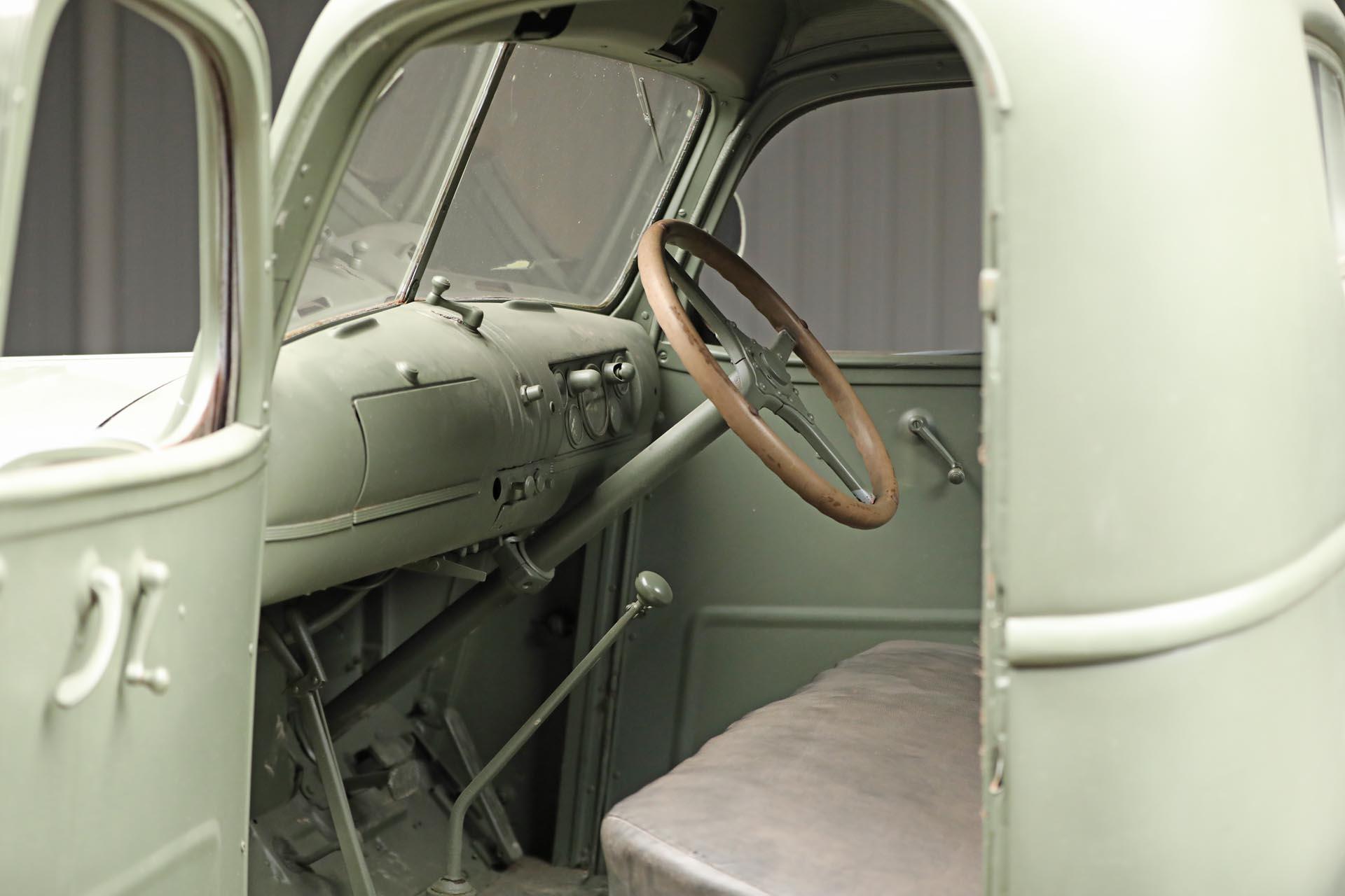 1941 Chevrolet 1543 GS Interior Wheel