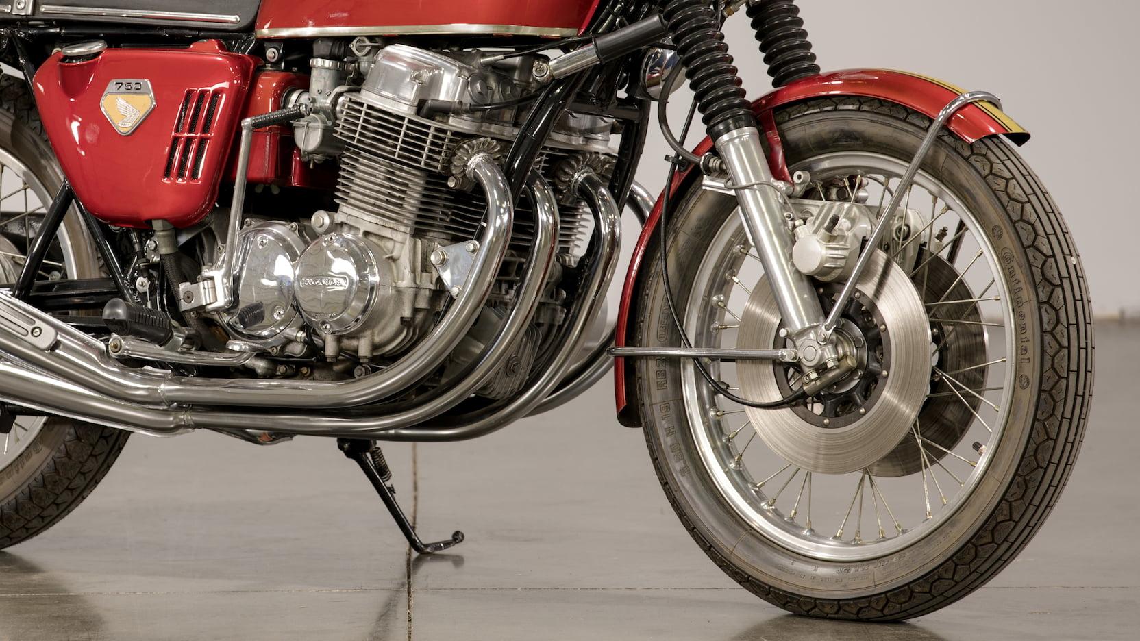 1969 Honda CB750 Sandcast Lower Front Close
