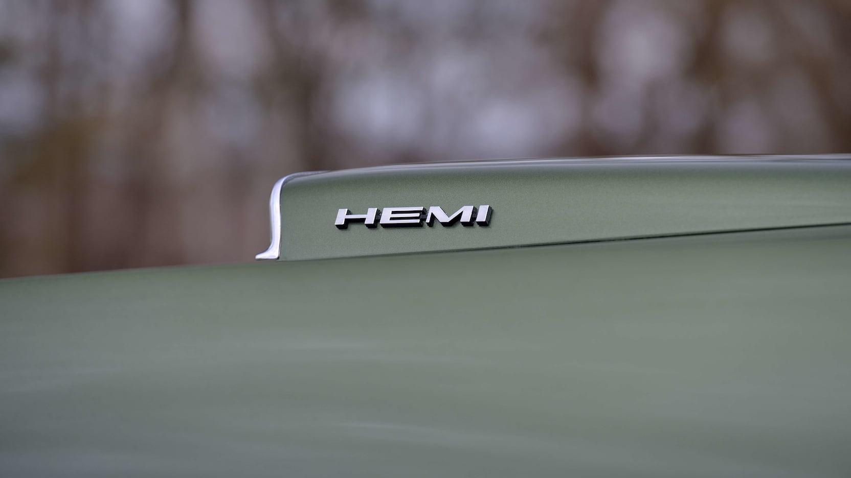 1970 Dodge Hemi Coronet RT Hood Cowl