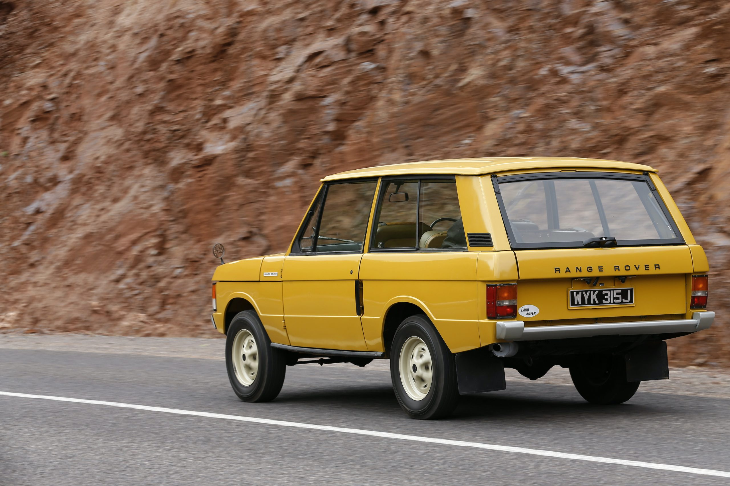 1970 Range Rover Rear Three-Quarter Road Action