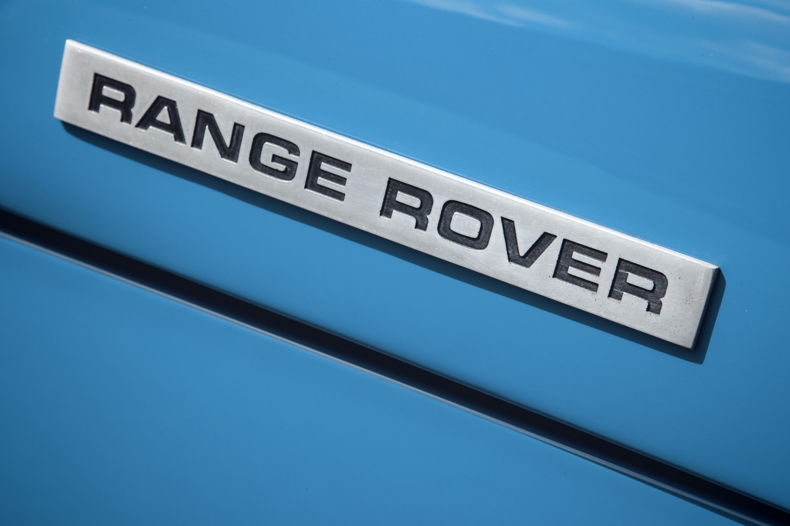 1970 Range Rover Badge