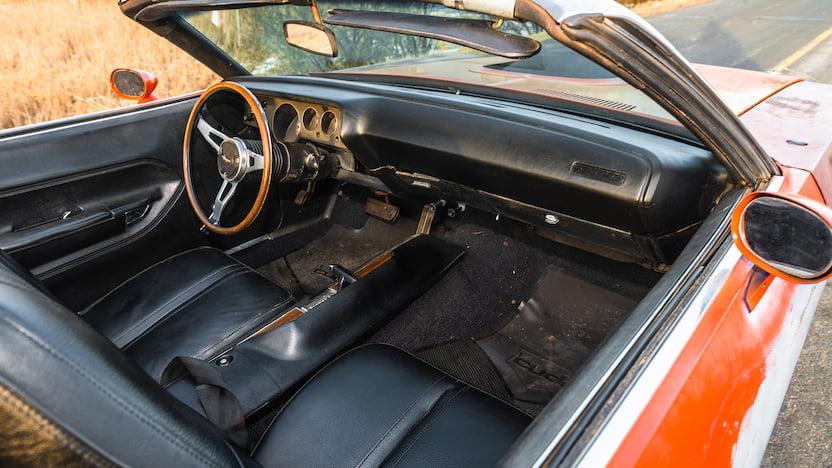 1971 Cuda Convertible Mecum interior