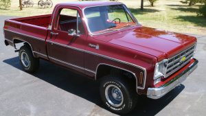 1978 Chevrolet Cheyenne Truck Front Three-Quarter