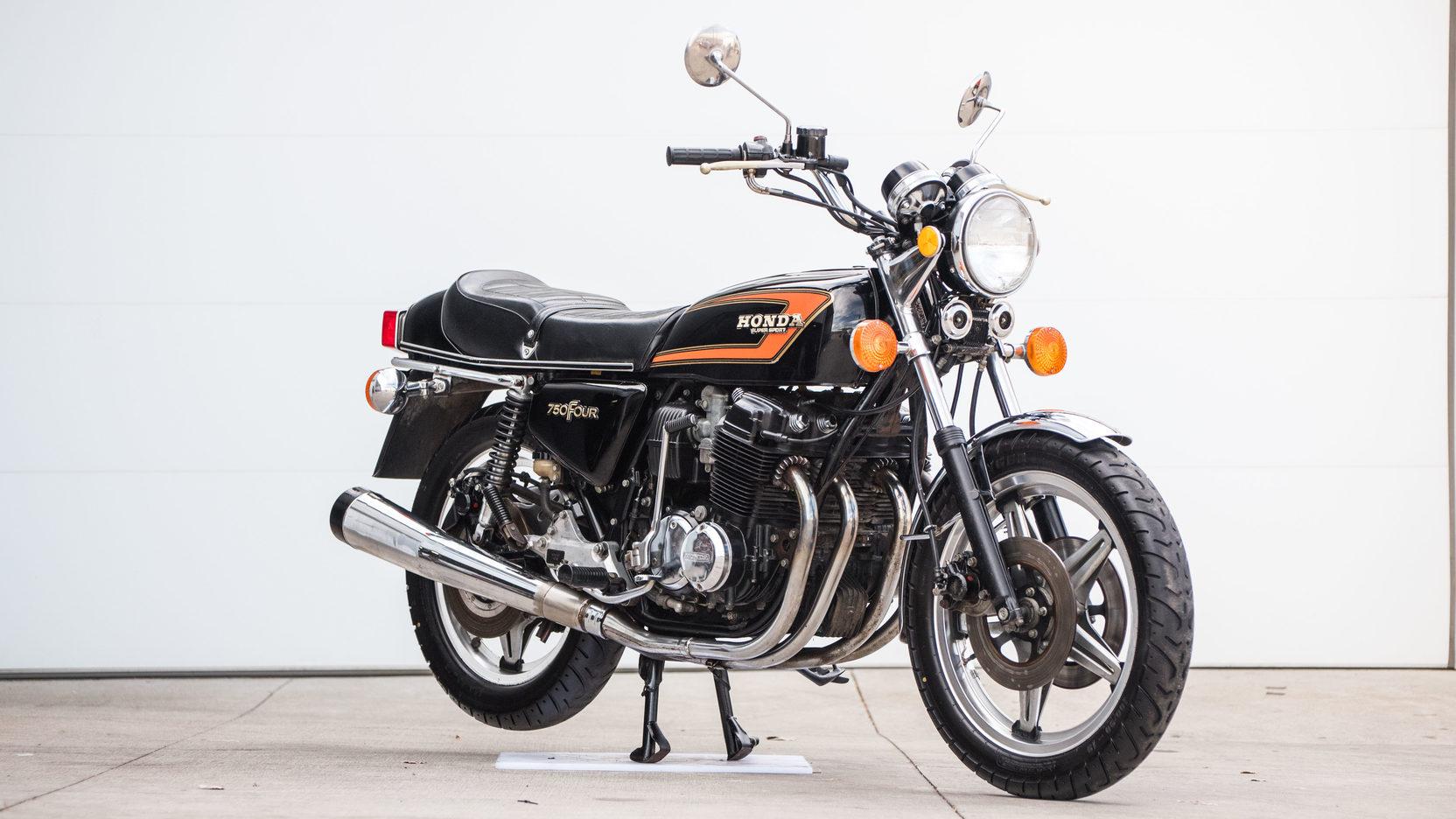 1978 Honda CB750 Supersport Front Three-Quarter