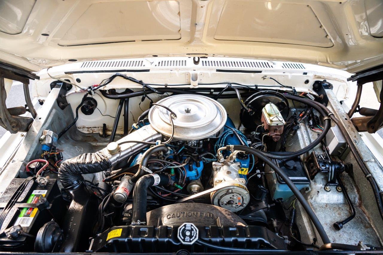 1979 Ford Bronco Custom Engine Front