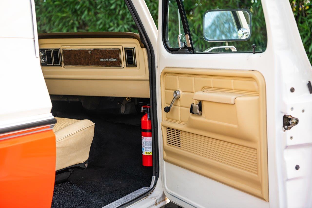 1979 Ford Bronco Custom Door Panel
