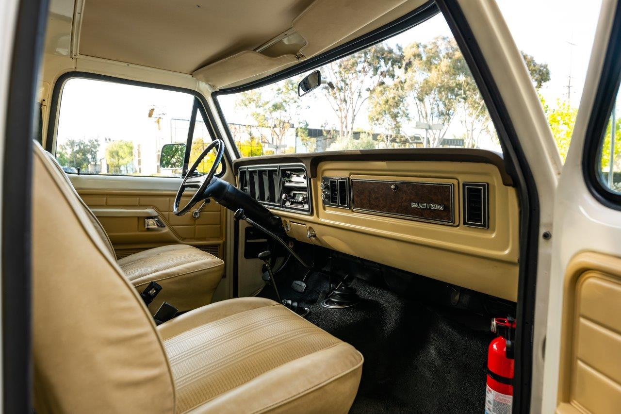 1979 Ford Bronco Custom Interior Front Dash Angle