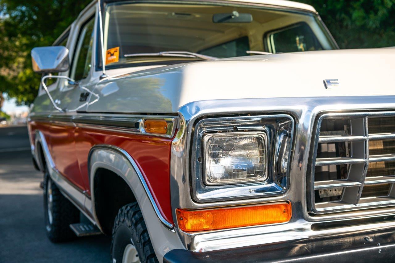 1979 Ford Bronco Custom Headlight