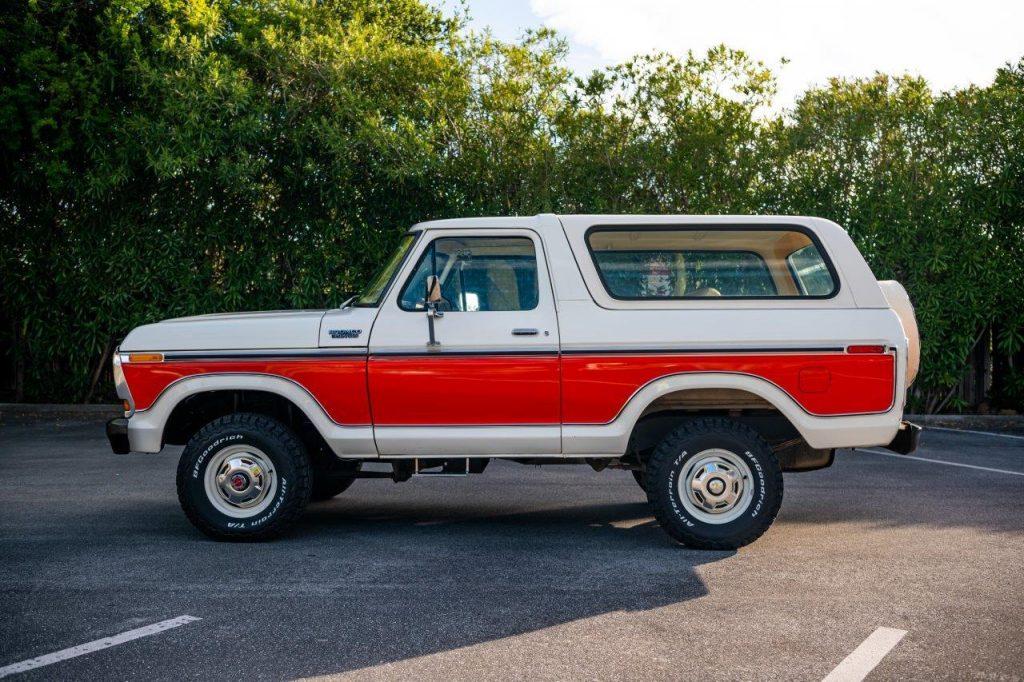 1979 Ford Bronco Custom Side Profile