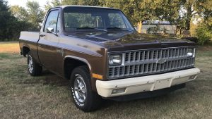 1981 Chevrolet C10 Custom Deluxe Front Three-Quarter