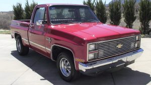 1983 Chevrolet Truck Front Three-Quarter