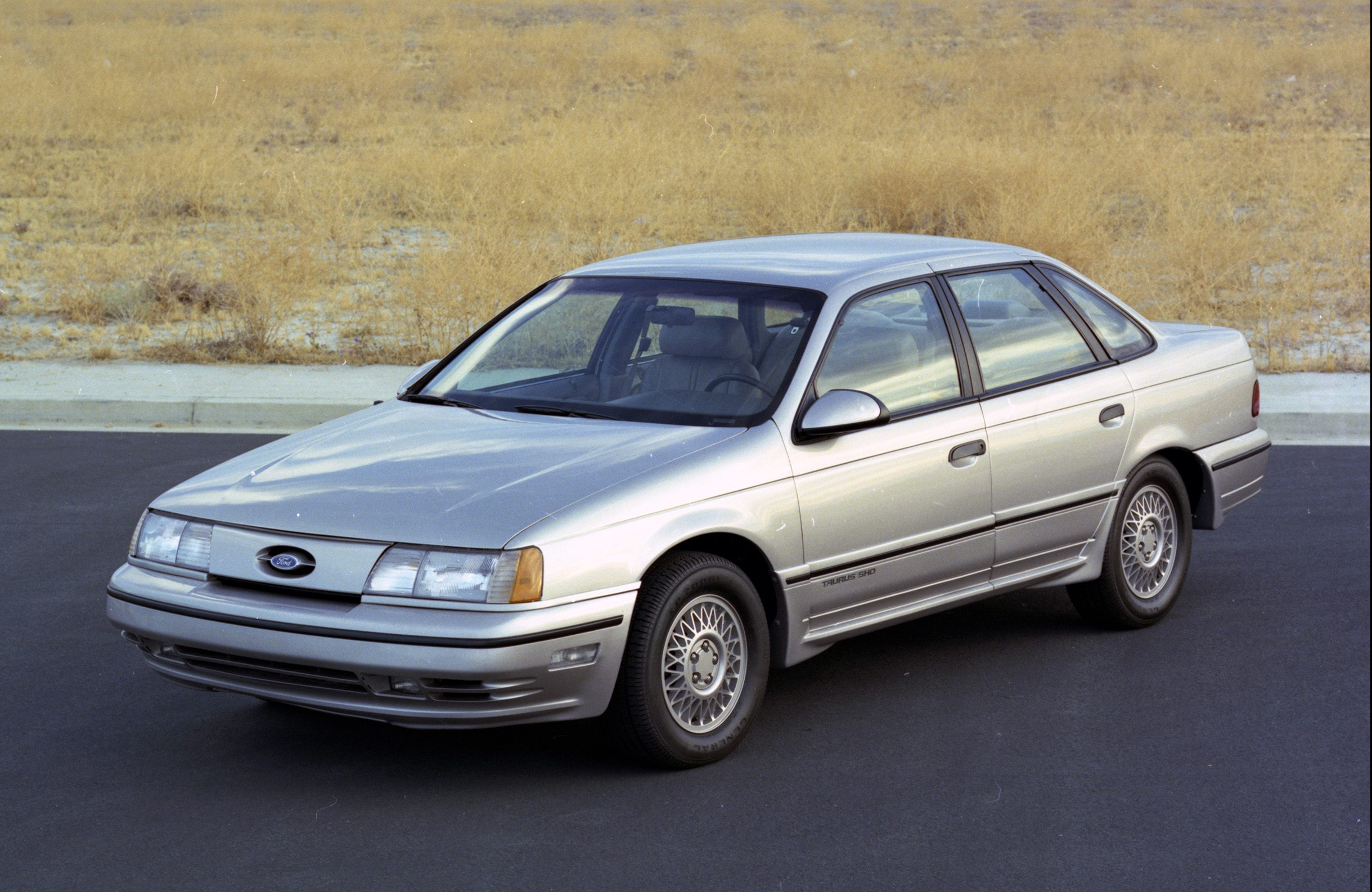 ford's 1989–95 taurus sho is a fourfigure hot rod with a