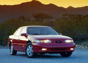 1992 Ford Taurus SHO Front Three-Quarter Sunset