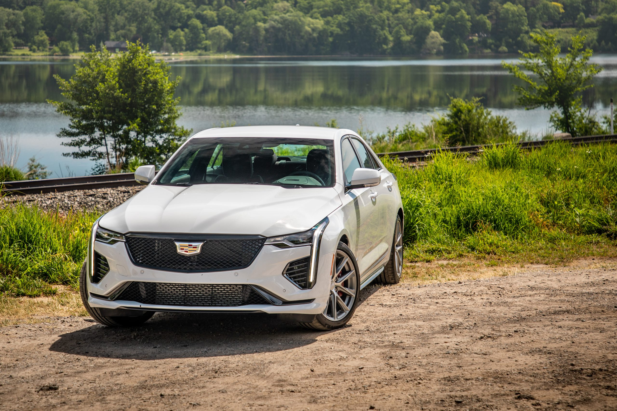 2020 Cadillac CT4-V front three-quarter