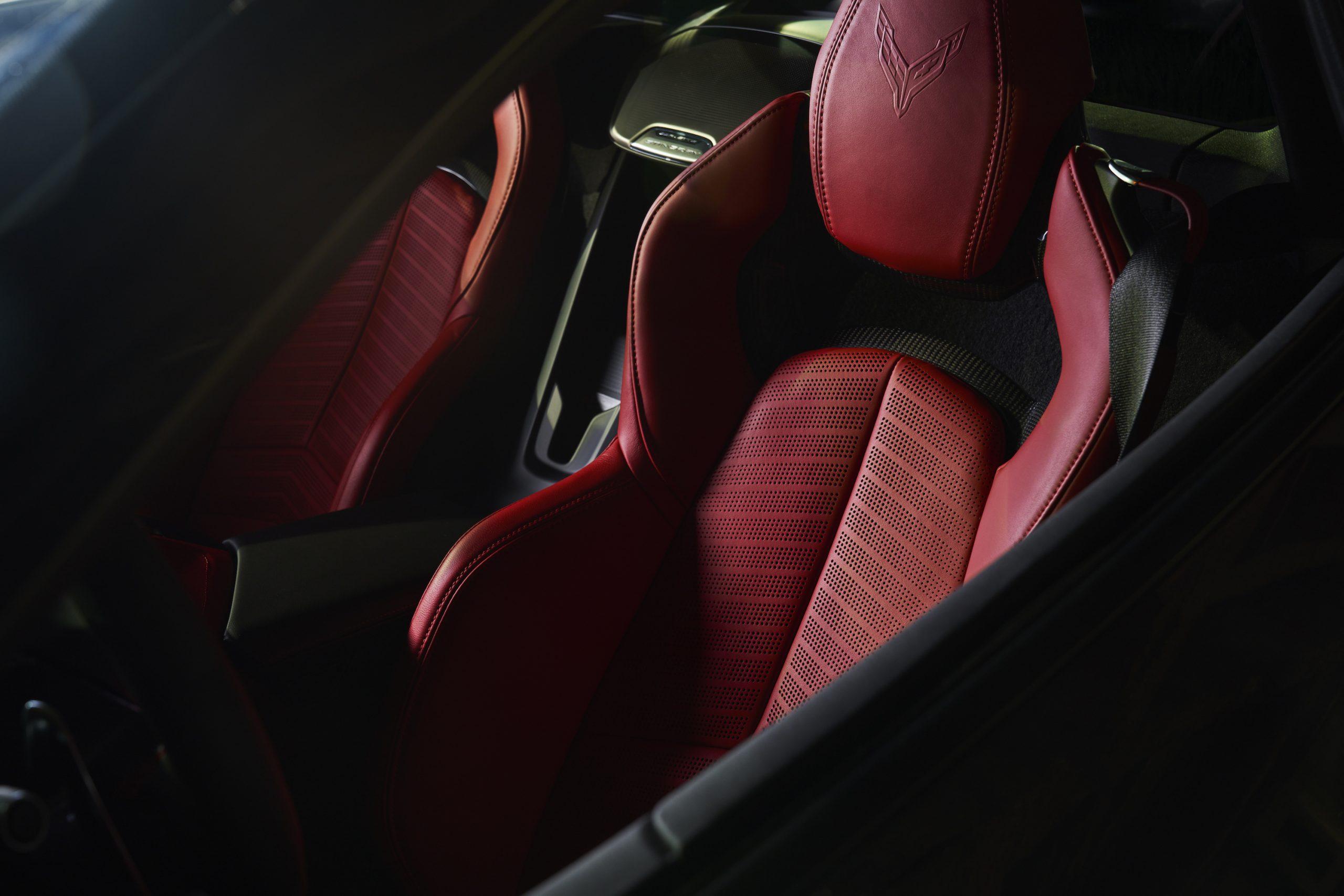 2020 Chevrolet Corvette Stingray 2LT C8 Interior Red Seats