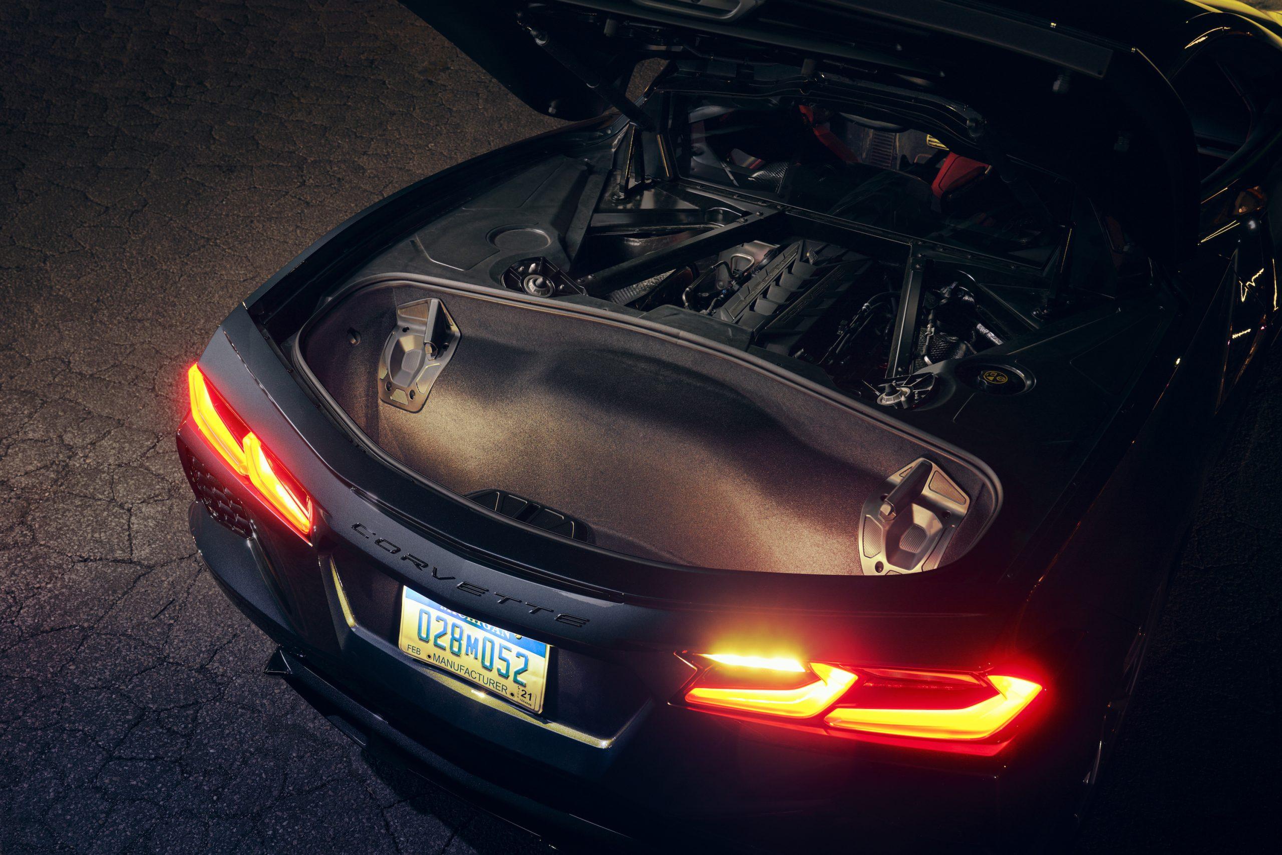 2020 Chevrolet Corvette Stingray 2LT C8 Rear Open Hatch And Trunk