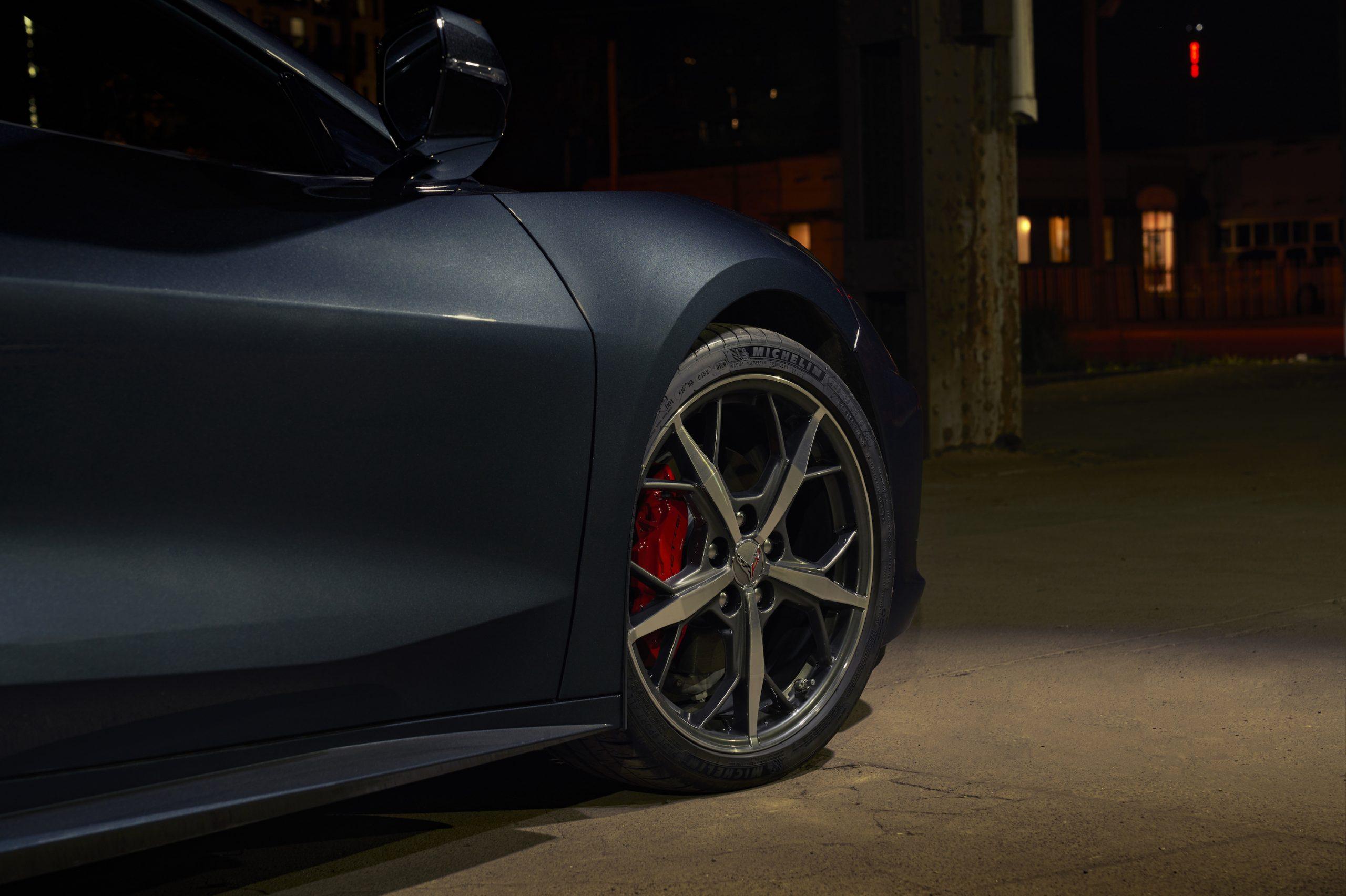 2020 Chevrolet Corvette Stingray 2LT C8 Front Wheel Close