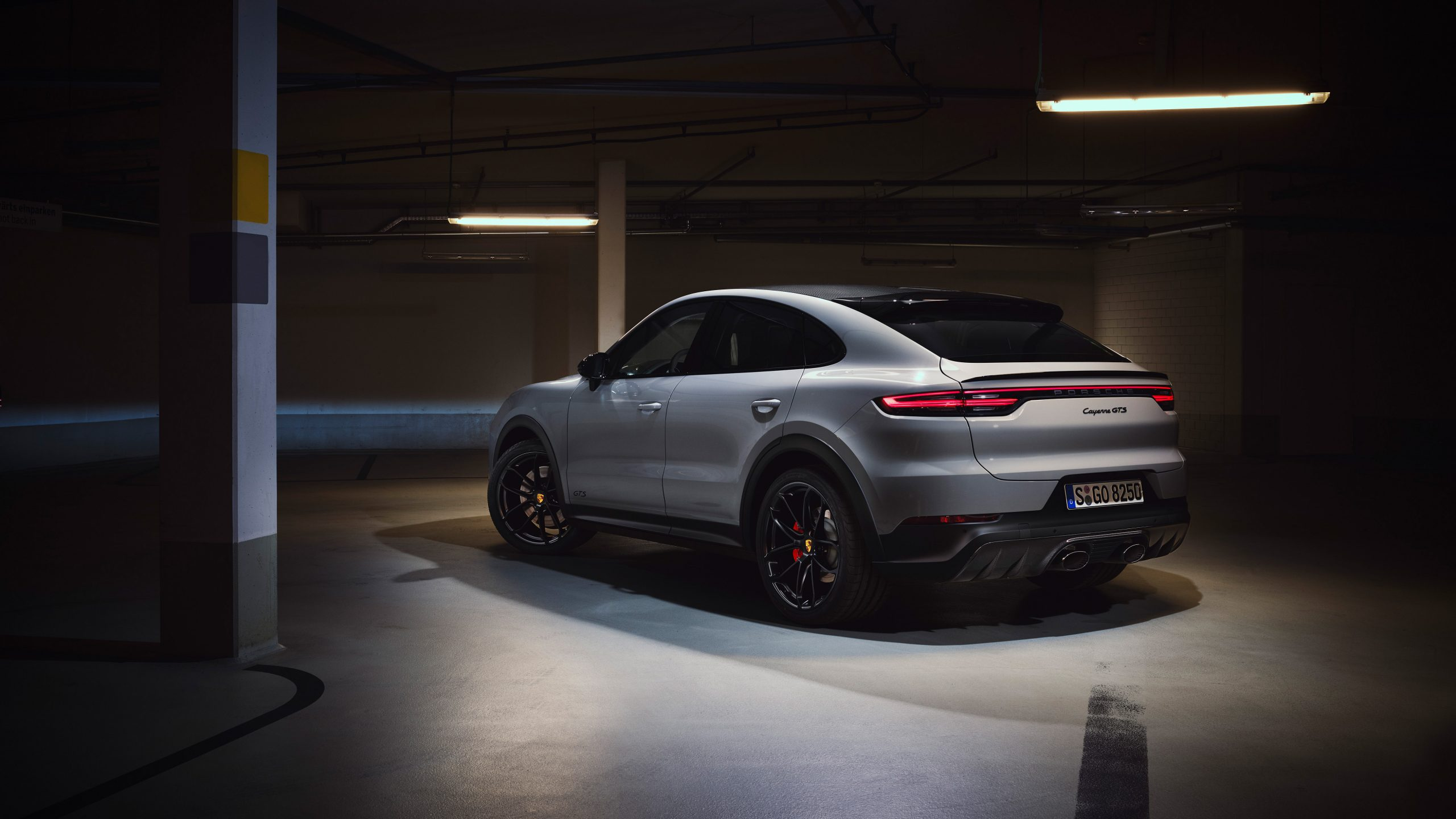 2020 Porsche Cayenne GTS Coupe Rear Three-Quarter
