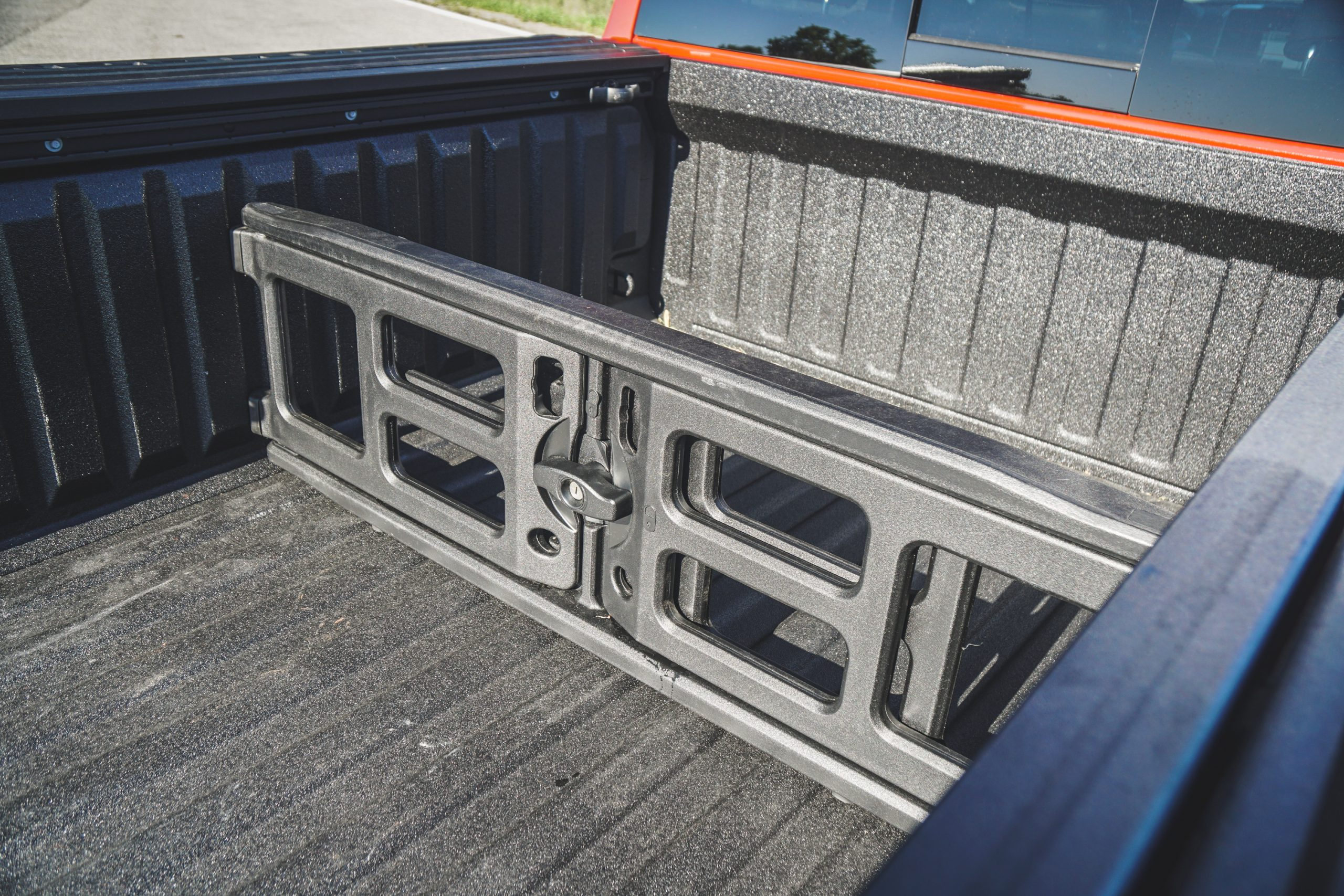2020 Ram 1500 Laramie bed divider