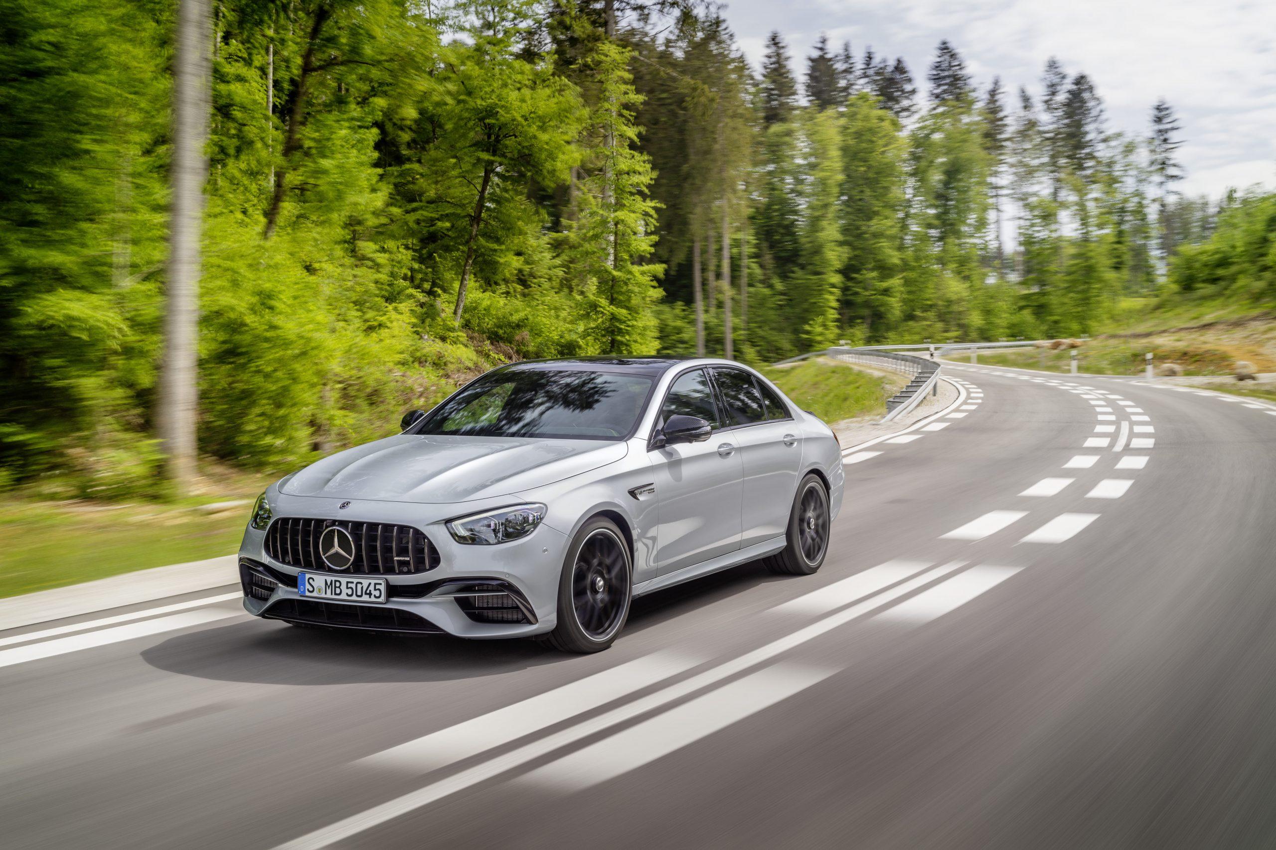 2021 Mercedes-AMG E63 S sedan front three quarter