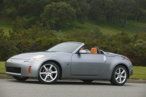 350Z Roadster Front Three-Quarter