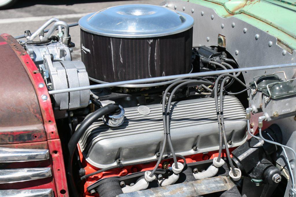 Big-block Chevrolet cal custom valve cover