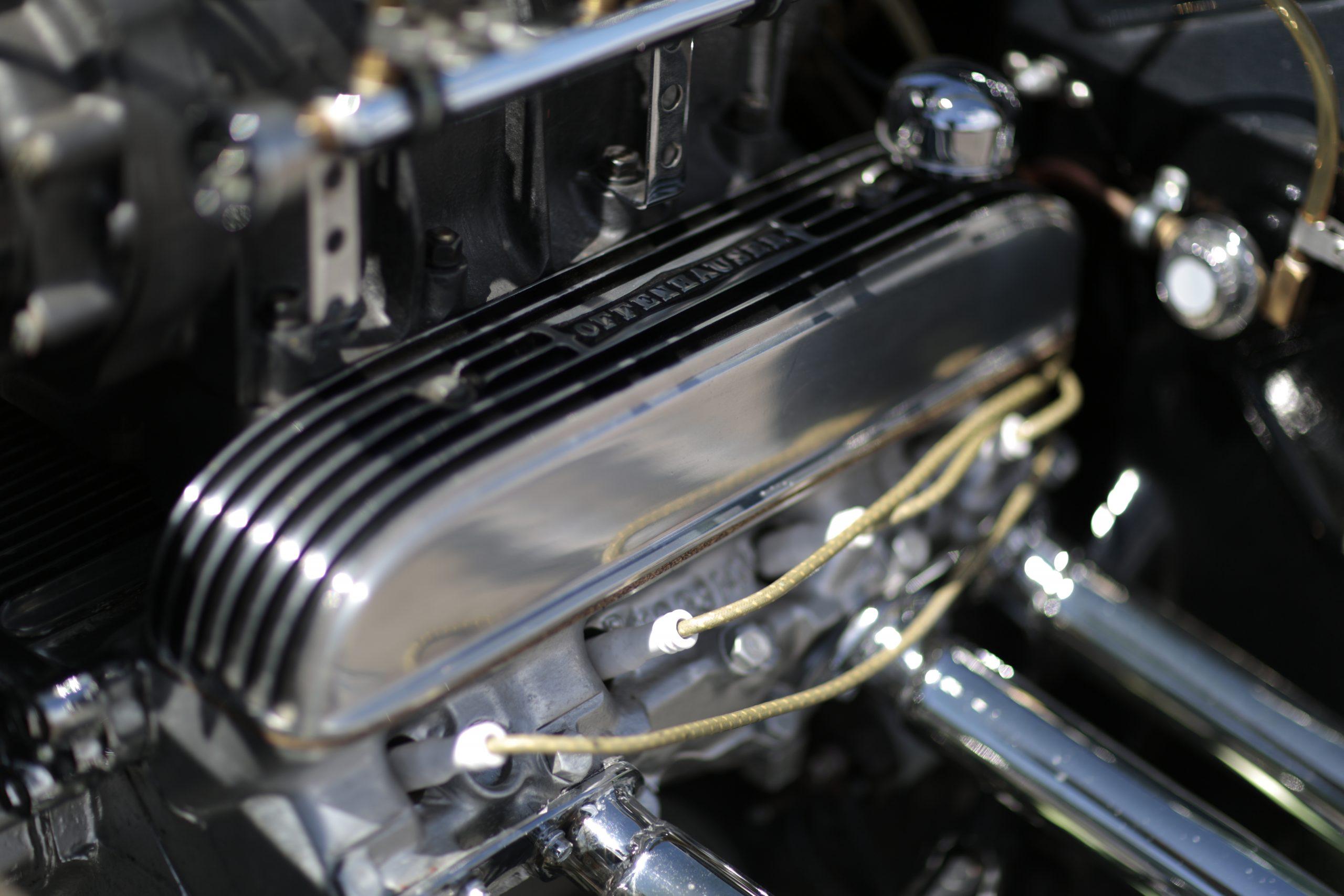 Buick nailhead valve cover Offenhauser