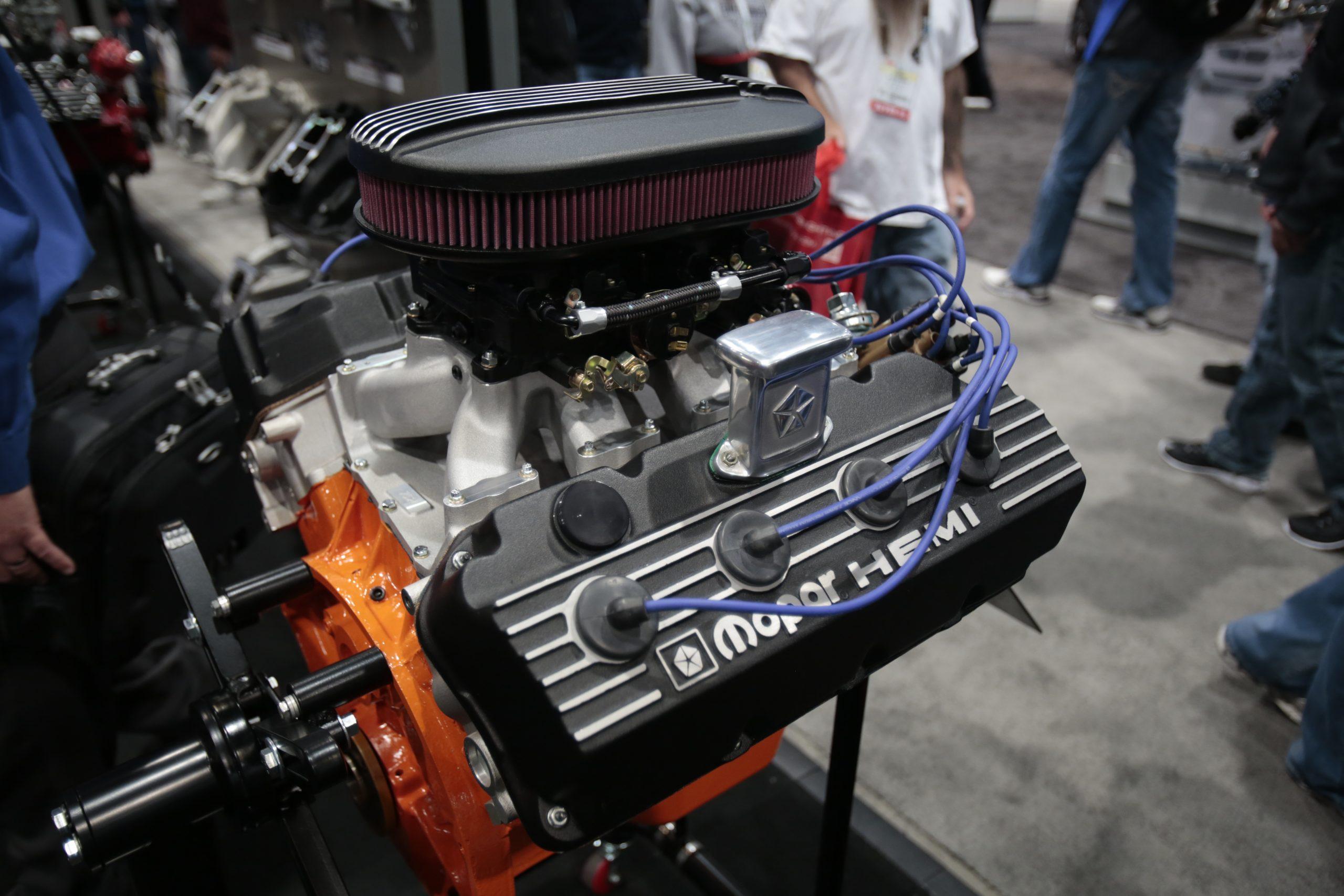 Gen 2 Hemi 426 engine