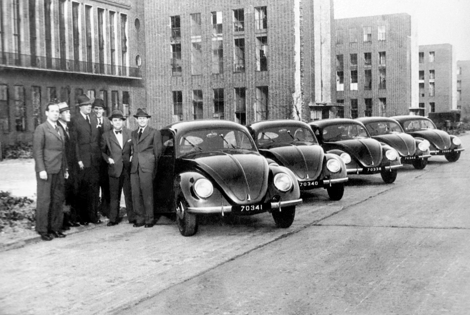 British take over Volkswagen 1945 - First exports