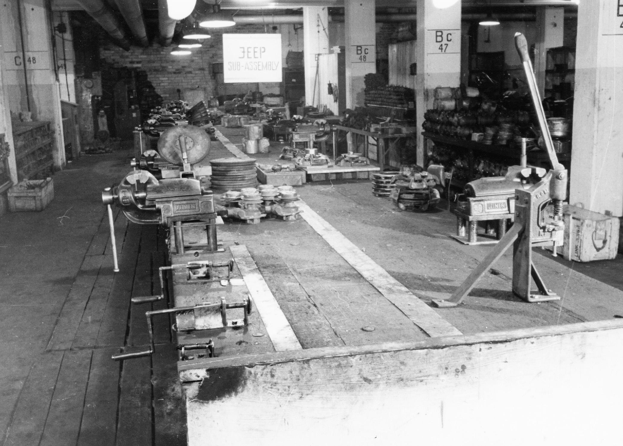 British take over Volkswagen 1945 - Repair shop