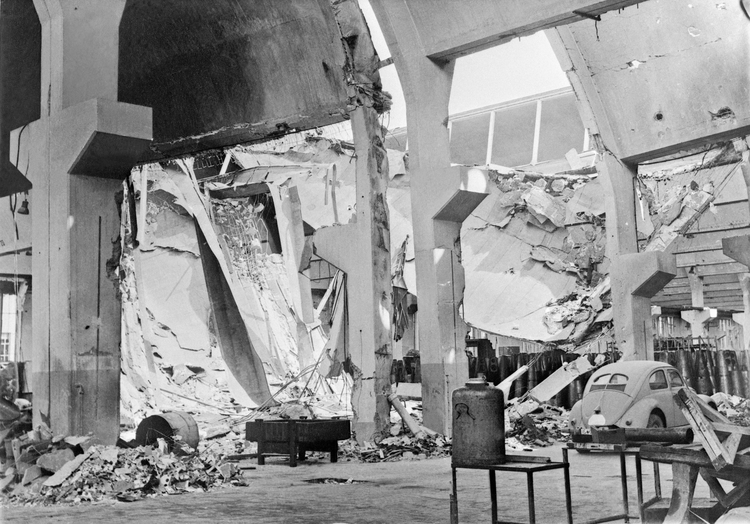 British take over Volkswagen 1945 - Destroyed by war