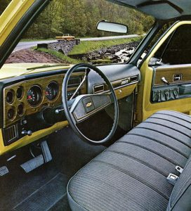 Chevy 1973 C30 One-Ton Dually Interior