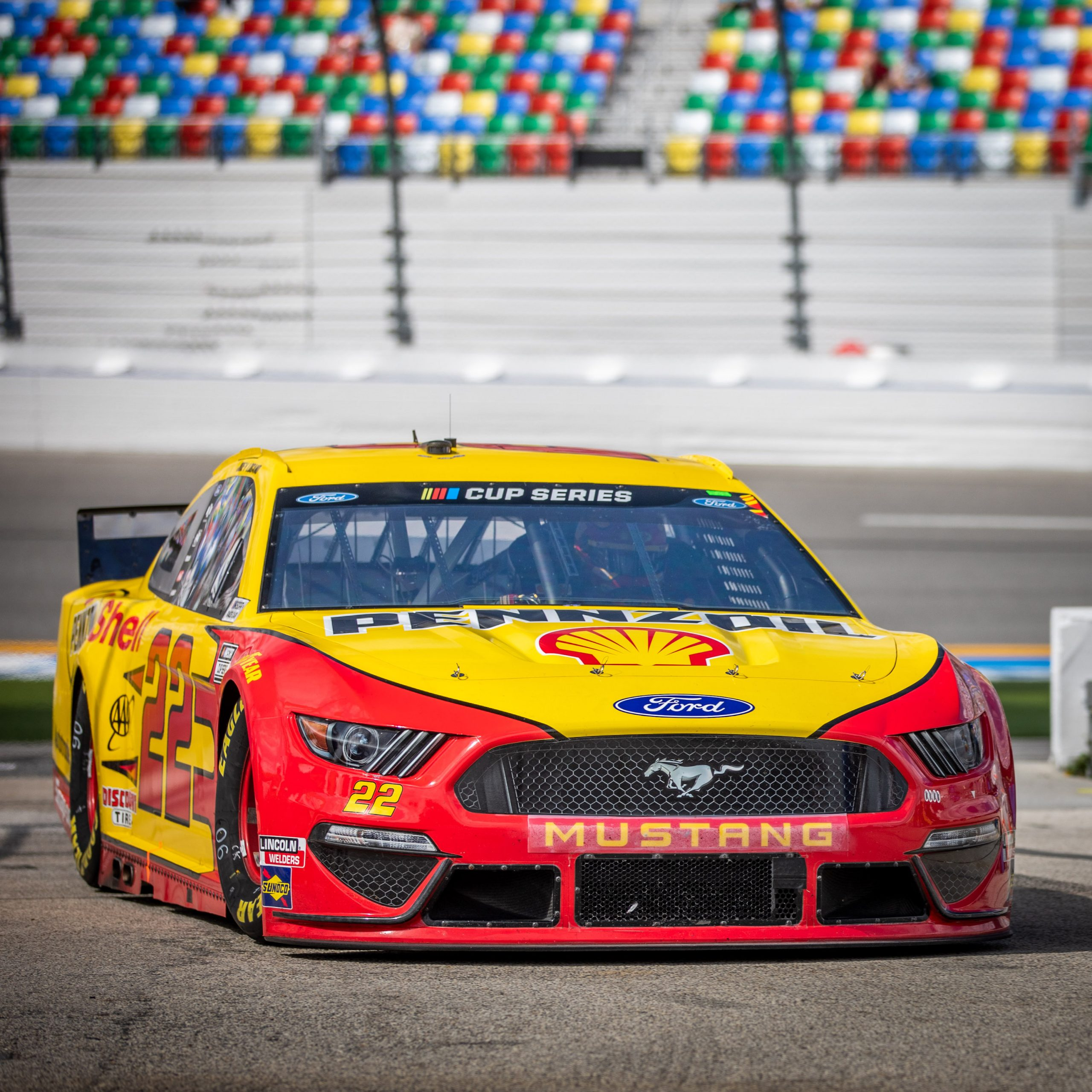 Daytona Race Car Mustang Pennzoil