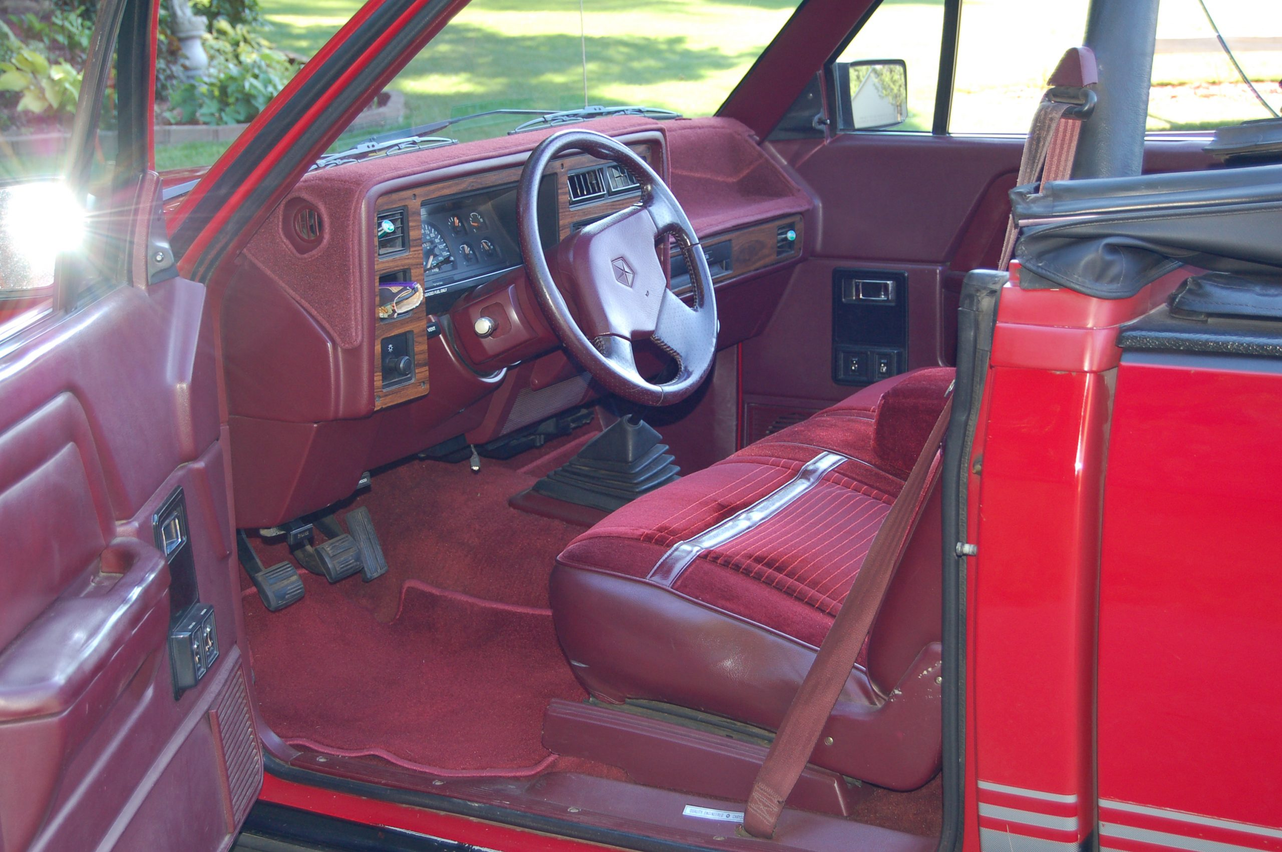 1989 Dodge Dakota Sport Convertible interior driver's side