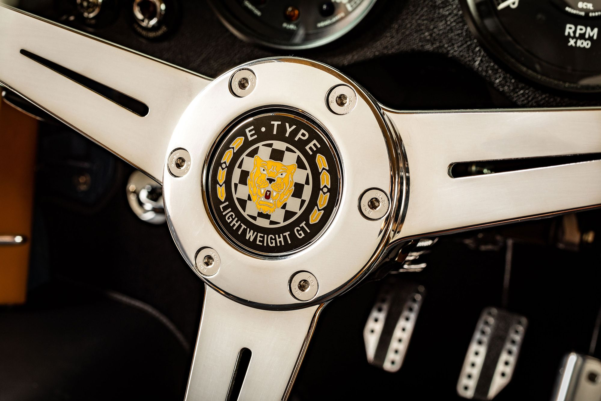 Eagle GT steering wheel