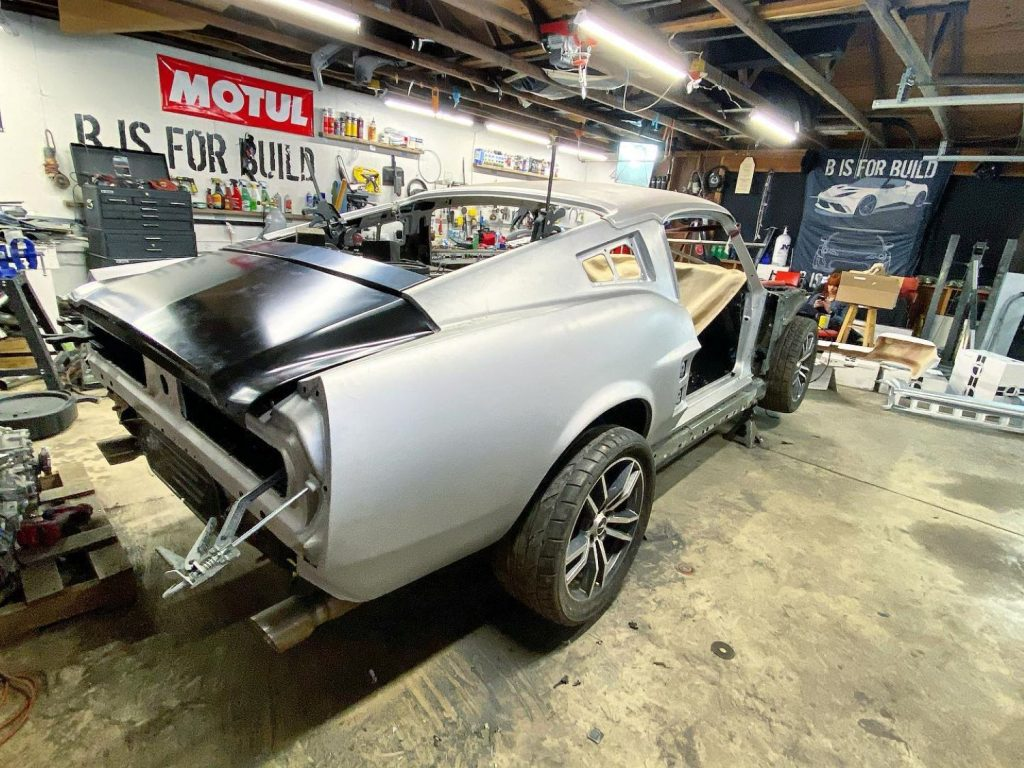 1967 Mustang body on 2015 Mustnag chassis