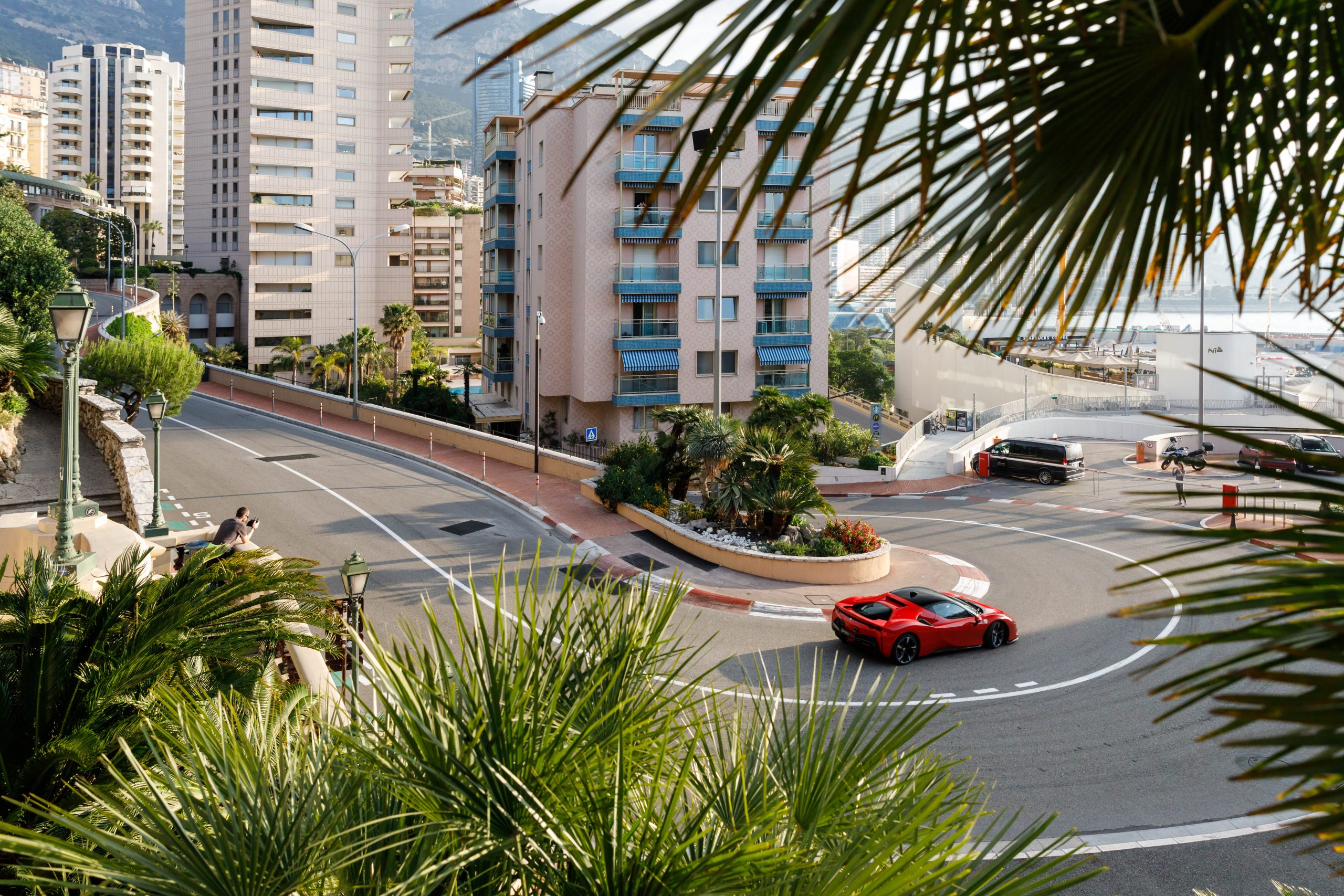 Ferrari_SF90_Stradale_Monaco_hairpin